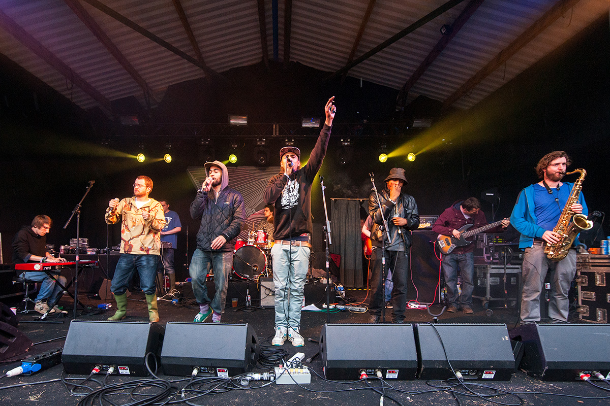The Mouse Outfit performing on the Orchard stage at Nozstock 2015